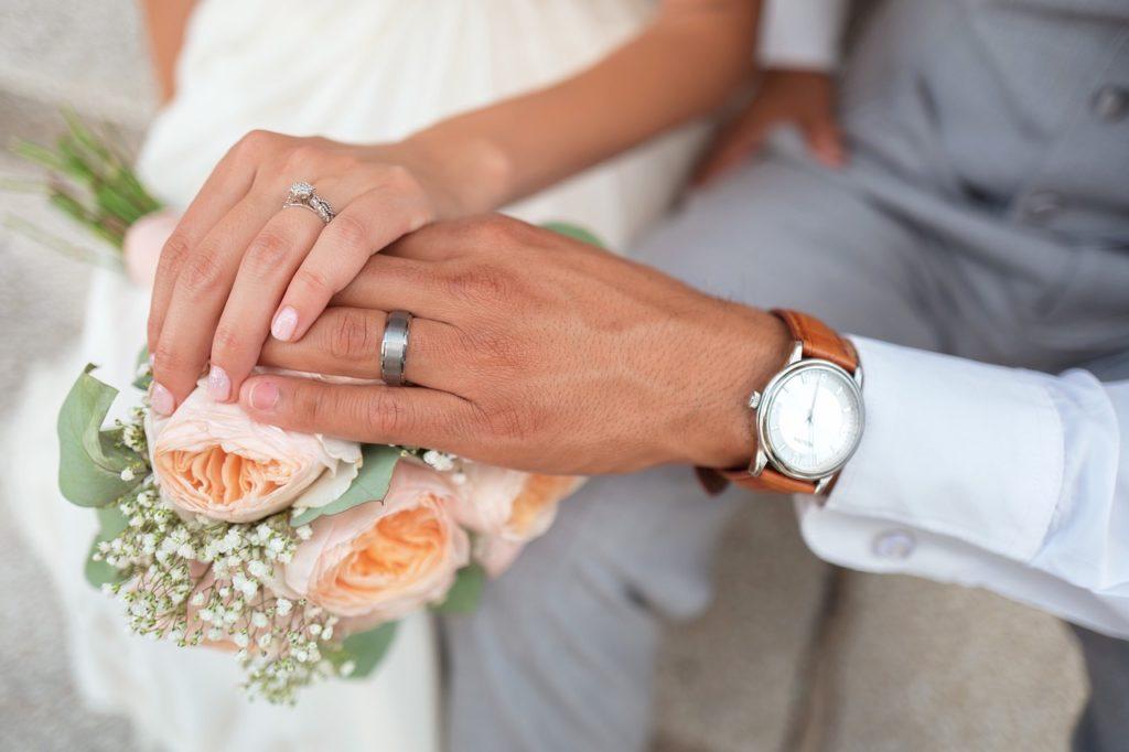 La coppia matrimonio o convivenza
